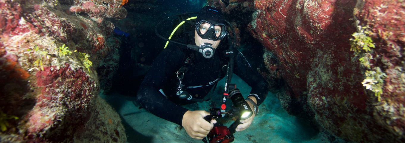 cleaning scuba gear