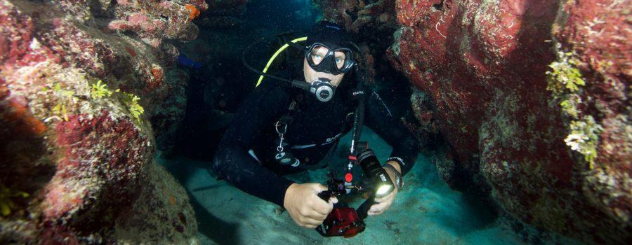 cleaning scuba gear
